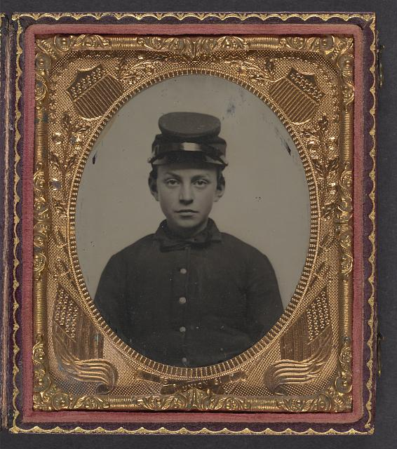 [Unidentified young soldier in Union uniform and forage cap]