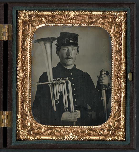 [Unidentified soldier in Union uniform with saxhorn]