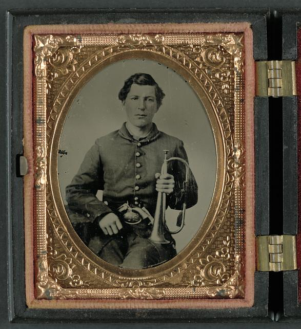 [Unidentified soldier in Union uniform with bugle and pistol]