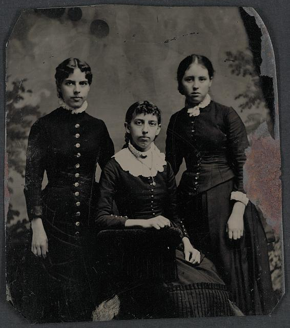 L[eft] t[o] r[ight] Nellie Carhart, Annie Mead, Lizzie Palmer, sisters