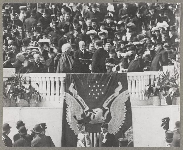 Theodore Roosevelt taking the oath - 1905