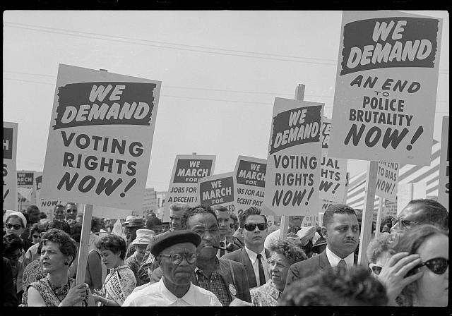 Marchers with signs at the March on Washington, 1963] | Library of Congress