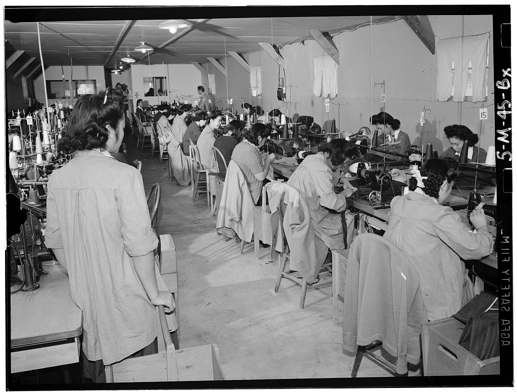 Ansel Adams S Photographs Of Japanese American Internment At Manzanar Available Online Library Of Congress