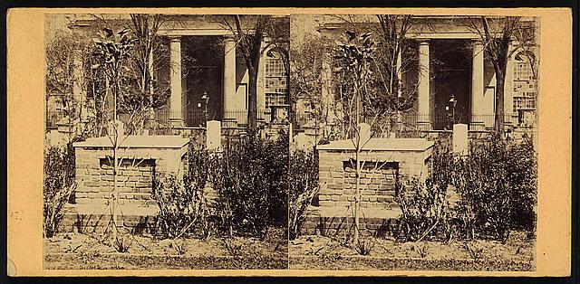 Calhoun's grave, St. Philip's Ch'yard, Charleston, S.C.