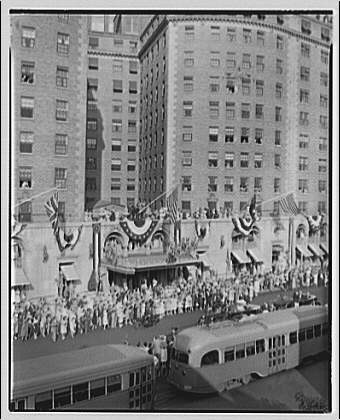 Mayflower Hotel. King George VI driving up avenue in front of Mayflower Hotel