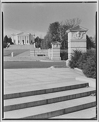 Arlington National Cemetery. Right side of approach to Tomb of the Unknown Soldier