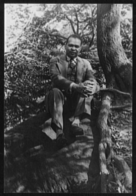 [Portrait of Countee Cullen, in Central Park]